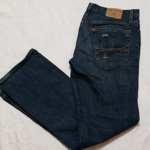 New Hollister Classic Straight Distressed Jeans